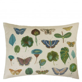 Designers Guild A Leaf and Butterfly Study Linen tyyny